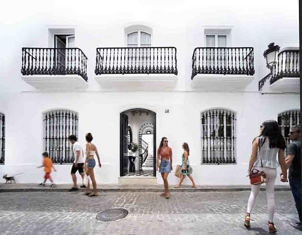 El hotel Plaza 18 de Vejer en la revista Vip Style Magazine